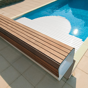 Banc Classic above ground pool shutter