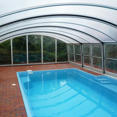 MAJESTIC high pool enclosure