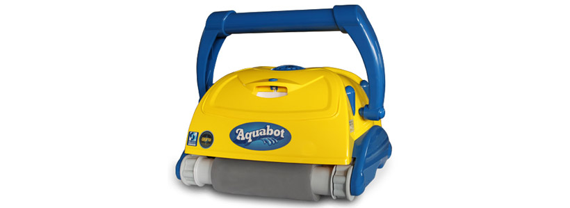 Aquabot Bravo Top pool cleaner and transformer