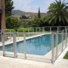 IASO Flash-N-Transparent pool safety barrier system