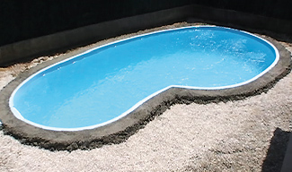 Concrete belt around pool