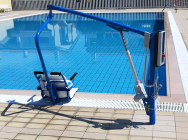 F145B detachable chair lift in use with inground pool