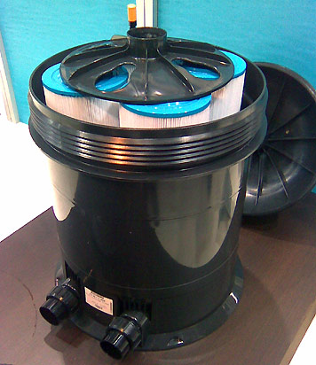 Astral VIRON cartridge filter open