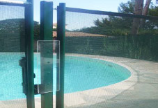 Plexiglass protection on EASY gate