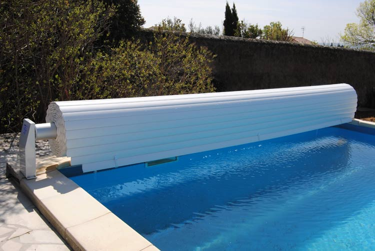 Safety Roll automatic pool cover