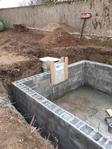 Installation filtering wall