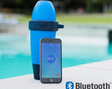 BLUE automatically and constantly measures the quality of your pool water